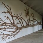 Alberto Baraya Proyecto de arbol caucho: Latex tree project. Arbol Grande. Installazione coneto del Carmen, Valencia, 2007. 1900x400x10 cm